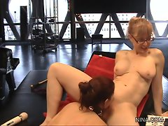 Old hat Nina Hartley gets Sarah Blake to eat her pussy