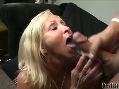 Granny gets juicy gash fucked and face jizzed