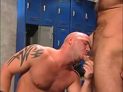Muscle bears fucking in the Locker Room