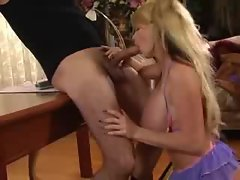 Taylor Wane down on her knees sucking cock
