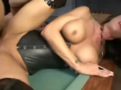 Girl in leather and lipstick hardcore sex