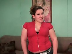 She is a perky plump brunette who enjoys life as it should be. See...
