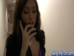 At Doctor Office Girl Get Hard Sex vid-33
