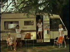 MOBILHOME GIRLS... (Vintage Movie) F70