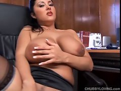 Plumper latina with amazing extremely large tits exposes luscious