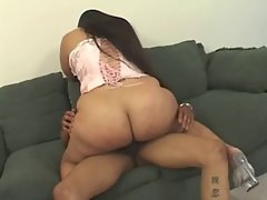 BBWS CHUBBY SOFT ASS IS SOOO JUICY !