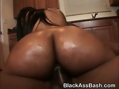 Black Girls With Big Asses Fucked In Threesome