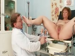 Horny doctor abusing a dirty grandma