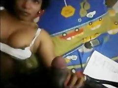 Northindian Aunty Show her Huge Hooters and doing Hanjob to her Boos