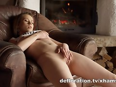 Anna displays and masturbates her virgin cunt